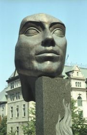 2003-09-04-0006