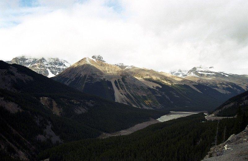 Canada_2001-05-25