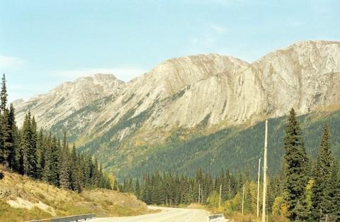 Canada_2001-04-03