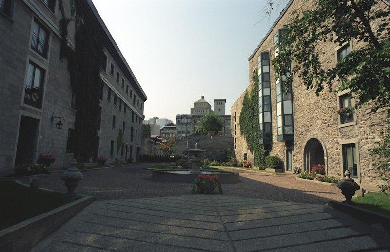 2003-09-03-0016