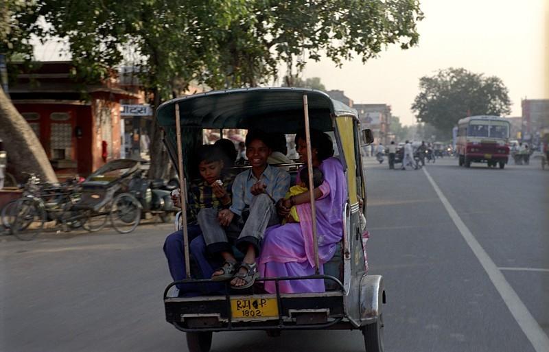 2005-india-rol04-0025