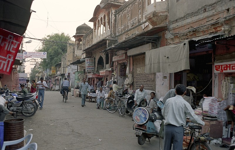 2005-india-rol06-0004