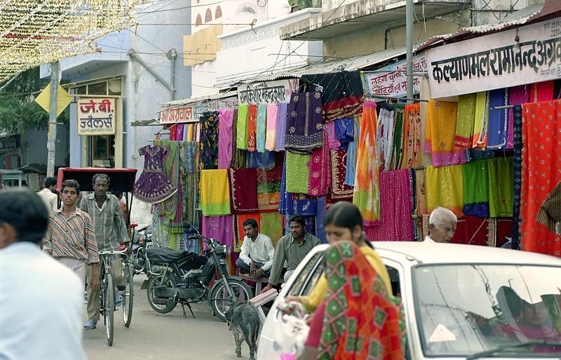 2005-india-rol06-0009