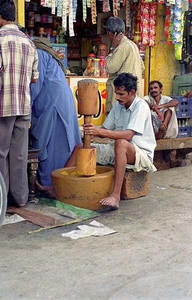 2005-india-rol13-0031