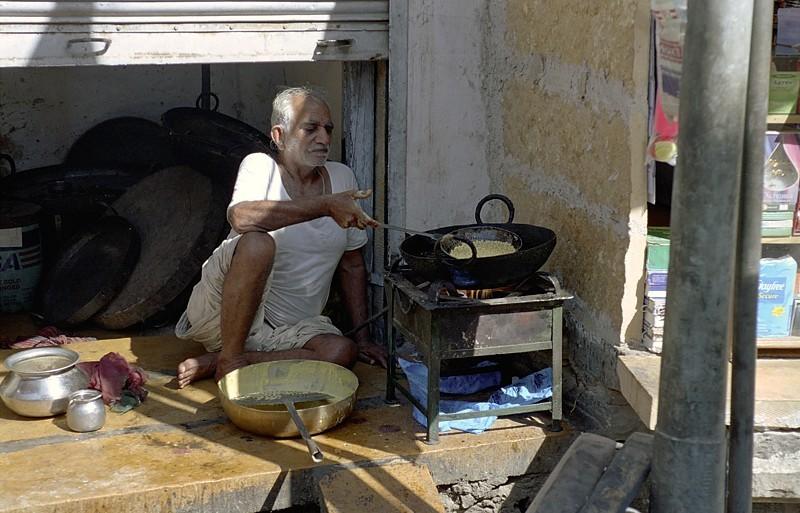 2005-india-rol14-0028