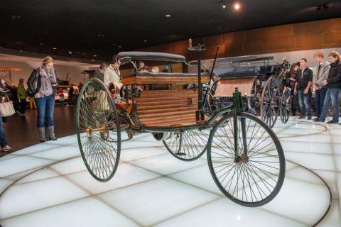2013-Mercedes-Benz