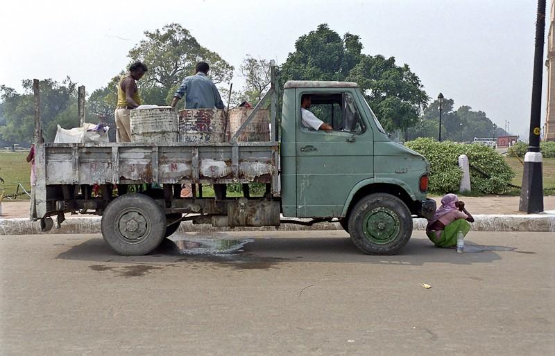 2005-india-rol02-0002