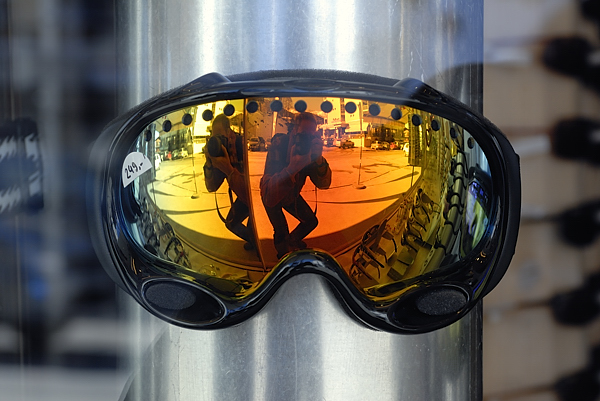 Goggle CHF. 249,-